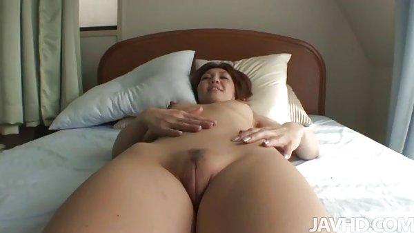 体育梅德福室内成年人的日式铁杆流免费的色情片